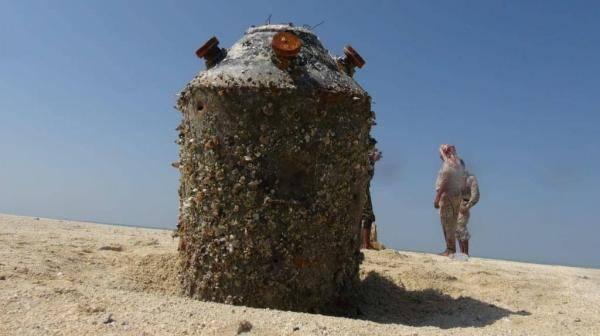 العثور على لغم بحري إيراني الصنع زرعته المليشيا الحوثية قبالة الحديدة