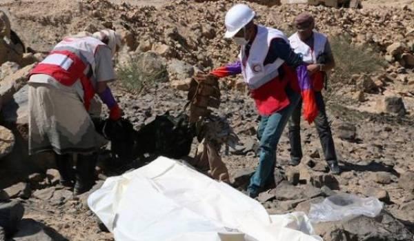 الحوثيون يصابون بالرعب بعد مشاهدتهم للعمليات الانتحارية والشكوك ترتابهم من نوعية الغداء الاخير..!؟
