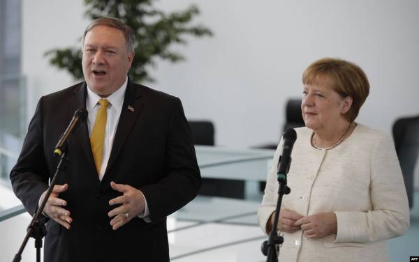 بومبيو يحث ألمانيا على حظر حزب الله