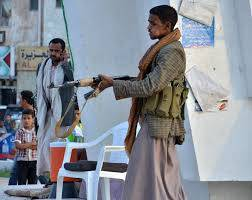 يحدث الآن .. المواطنون في محافظة إب يرفضون اداء صلاة القيام ويعلنون الثلاثاء اول ايام عيد الفطر المبارك