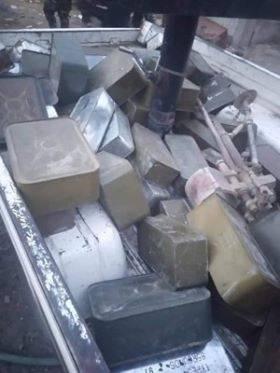 أمن عدن يضبط كميات كبيرة من الأسلحة والذخائر المتنوعة - شاهد الصور