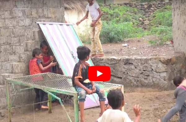 بالفيديو.. هلال الامارات يغيث الناجين من قصف مليشيا الحوثي على حيهم في حيس