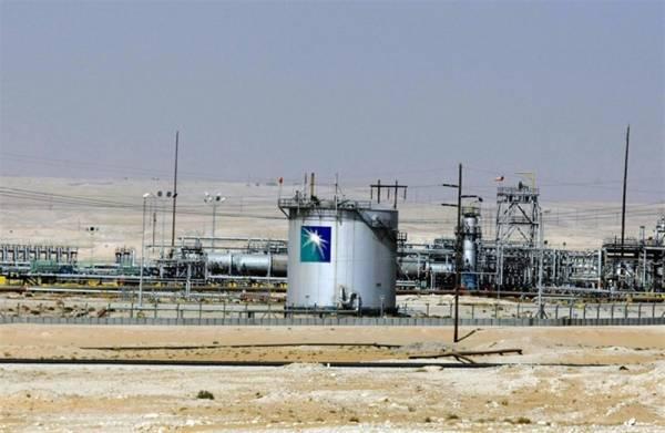 بعد تعرضها لهجمات إرهابية.. أرامكو تعلن استئناف إنتاج النفط بشكل كامل في هذا الموعد..!