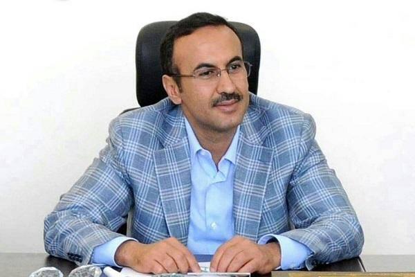السفير أحمد علي عبدالله صالح يُعزي في وفاة الشيخ الأحمدي