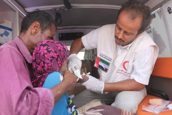 عيادات هلال الامارات المتنقلة تنقذ حياة عشرات الأسر في المناطق النائية بالساحل الغربي