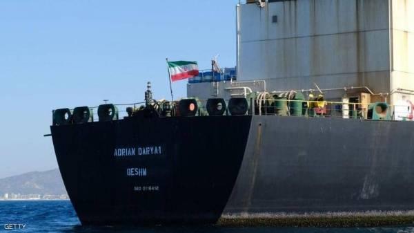 """الغموض يلف وجهة ناقلة النفط الإيرانية """"المنبوذة"""""""