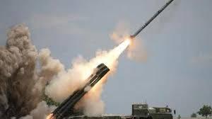 مليشيات الحوثي تطلق صاروخ باليستي من حرم جامعة صنعاء والتحالف يكشف اين سقط