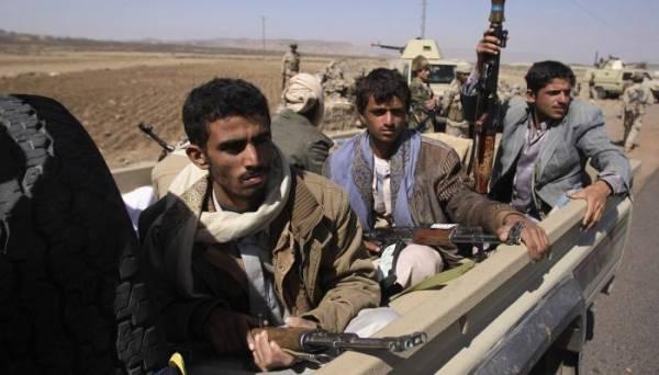 الحوثيون يختطفون عشرات المواطنين من صالة عزاء بذمار لهذا السبب..!؟