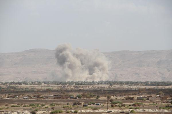 مصرع 7 إرهابيين بقصف جوي لأهداف حوثية في مأرب