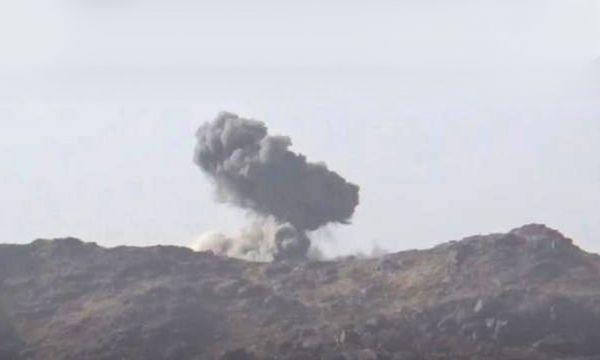مصرع قيادي حوثي وتدمير آليات بغارة لطيران التحالف العربي