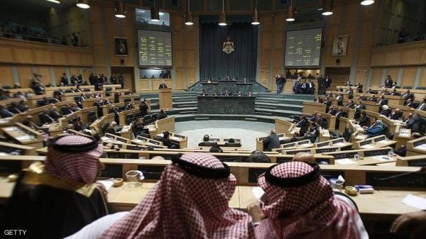 ملك الأردن يصدر مرسوم بحل مجلس النواب